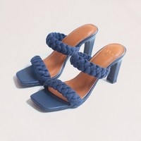 """NEW IN : Say hello to new member family """"Lyodra"""" Color : navy blue Made of nappa genuine leather Genuine leather lining Braided style made from fabric material 90 mm heel height _ Shop only at : 🛒 tokopedia.com/vaia-official 📩 Contact@vaia.co.id __ #myVAIA #walkwithVAIA #VAIAlady #genuineleather #localbrand #localbrandid #premiumquality #leatherwork #leathergoods #indonesianleathergood #shoes #fashionblogger #blogger #bloggerstyle #embelishedshoes #embelishedshoes"""